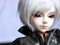 Lost.In.Thought ... (.qomumop.) Tags: ball asian doll chinese mo bjd jointed dollzone