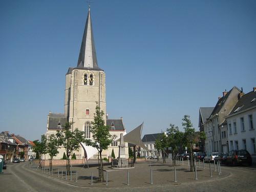 Kerkplein, Heist-op-den-Berg by Erf-goed.be.