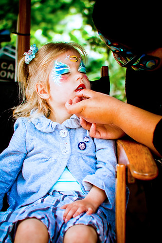 Chloe getting her face painted