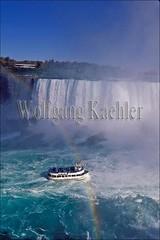00099590 (wolfgangkaehler) Tags: usa ontario canada water river boats niagarafalls boat waterfall rainbow tour waterfalls rivers northamerica newyorkstate rainbows horseshoefalls tourboat niagarariver tourboats