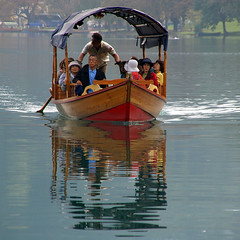 boatpeople (Marck from Belgium) Tags: slovenia blejskojezero youknowbled thisisinbled