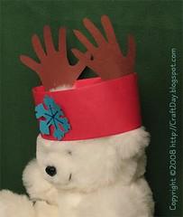 2008_12_reindeer_antlers_bear