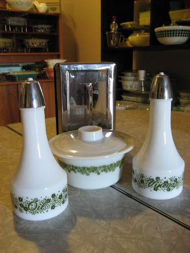 Spring Blossom Tableware & Napkinholder