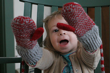 See my new mittens?