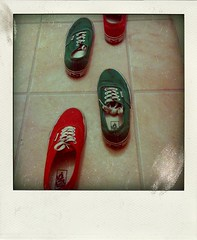 Tic Tac Toe (Cherrybomb Ink) Tags: uk red green home ink vans limitededition authentic cherrybomb cherrybombink