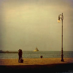 The Love Lamp (Osvaldo_Zoom) Tags: sea italy love lamp pier kiss lovers romantic tender trieste arbour fivestarsgallery
