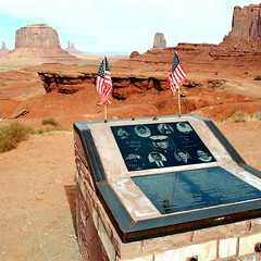 Monument Valley (Peter Gutierrez) Tags: photo united states us usa america american south southern west western southwest southwestern arizona arizonan navaho navajo nation colorado plateau monument valley tsé bii ndzisgaii rocks hills hill butte buttes formation formations sand desert john ford fords point indian peter gutierrez petergutierrez flag memorial military soldier soldiers flags red rust az tablet ericson cly tribal park film americana photograph photography