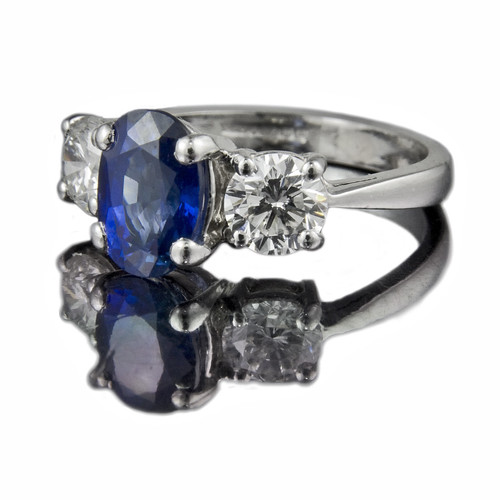 Jeweller in London Cushion Cut Ceylon Sapphire Engagement Ring