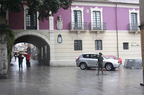 CLARIN PASEA POR PONTEVEDRA