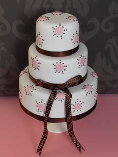 Dotty wedding cakes by Cotton and Crumbs