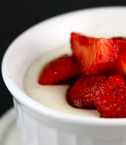 panna cotta with balsamic strawberries