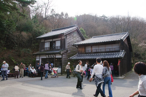 Kinotoko barbershop and lafcadio Hearn' house