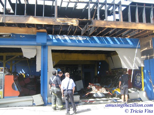 Fire marshals at Coney Island Arcade on the day after the fire. © Tricia Vita//me-myself-i via flickr