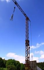 (:Linda:) Tags: sky cloud germany funny village crane wolke thuringia ladder kran cloudysky wolkig brden bewlkterhimmel wolkenamhimmel