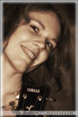 a musician for life (G.Hotz Photography (busy as a bee =)) Tags: portrait people music food woman lake photography austria dornbirn feldkirch österreich stillleben foto fotograf fotografie guitar hard bregenz gerald photograph bodensee constance bludenz oesterreich vorarlberg produkt hotz hochzeitsfotograf ondarena fotolyst