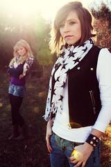 Allison Hays & Lenay Dunn (Olsen) (sara kiesling) Tags: canon rebel nashville tennessee mtv 24mm xti lenayolsen allisonhays lenaydunn 10ontop