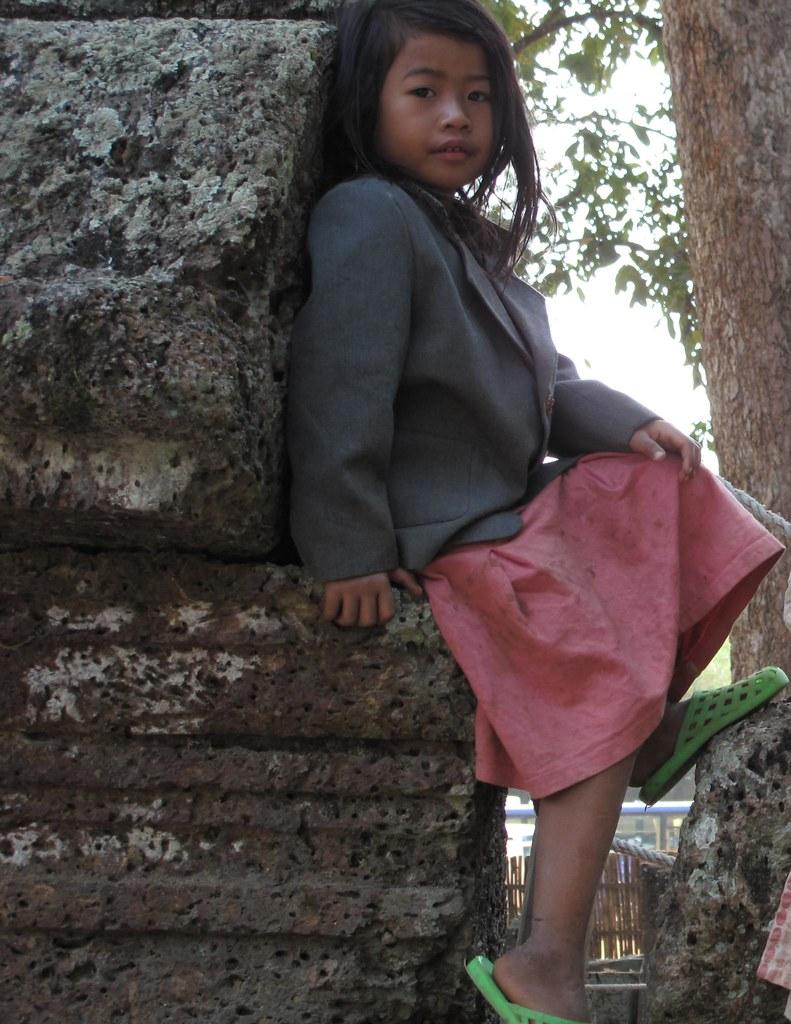 Little girl at Banteay Srei