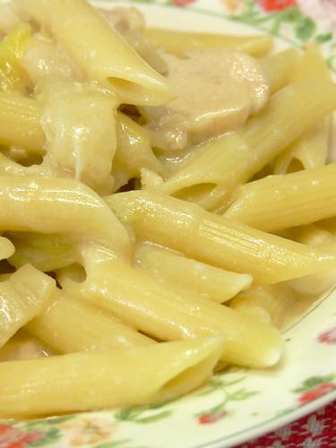 鶏と白菜のクリームパスタ
