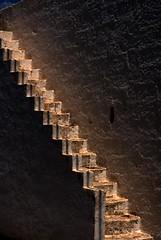 Salento (Carlo Pedretti) Tags: muro wall nikon stairway scala d200 asc0684version4