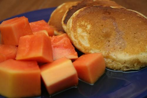 banana oat bran pancakes
