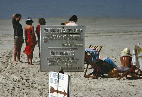 Segregated beach at Stranofontein, Cape Town: Representing the Social Statuses of Coloreds