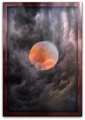 LUNA ENTR NUVES / MOON AND CLOUDS (Luis Cu) Tags: moon mexico artistic luna planet planeta nuves moonseclipse unlimitedphotos artedigitalfx luiscue miasbestoffineartgallery artisticmanipulationgroup hablahispanaspeakinggroup