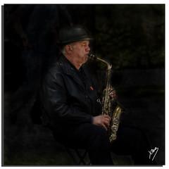 El saxofonista (The Saxophonist) (Moments by Xag) Tags: madrid retrato retiro robado xag saxofonista clavebaja ltytrx5 ltytr2 ltytr1 ltytr3 ltytr4 ltytr5 ltytr6 20tf a3bconstructive cruzadasi 20tfmusicos