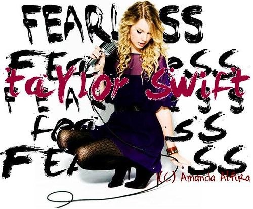 Taylor Swift's 'Fearless' - Demi Lovato's 'Don't Forget' style