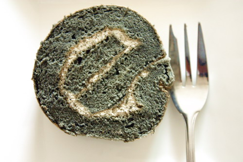 bamboo charcoal black sesame cream rouleau