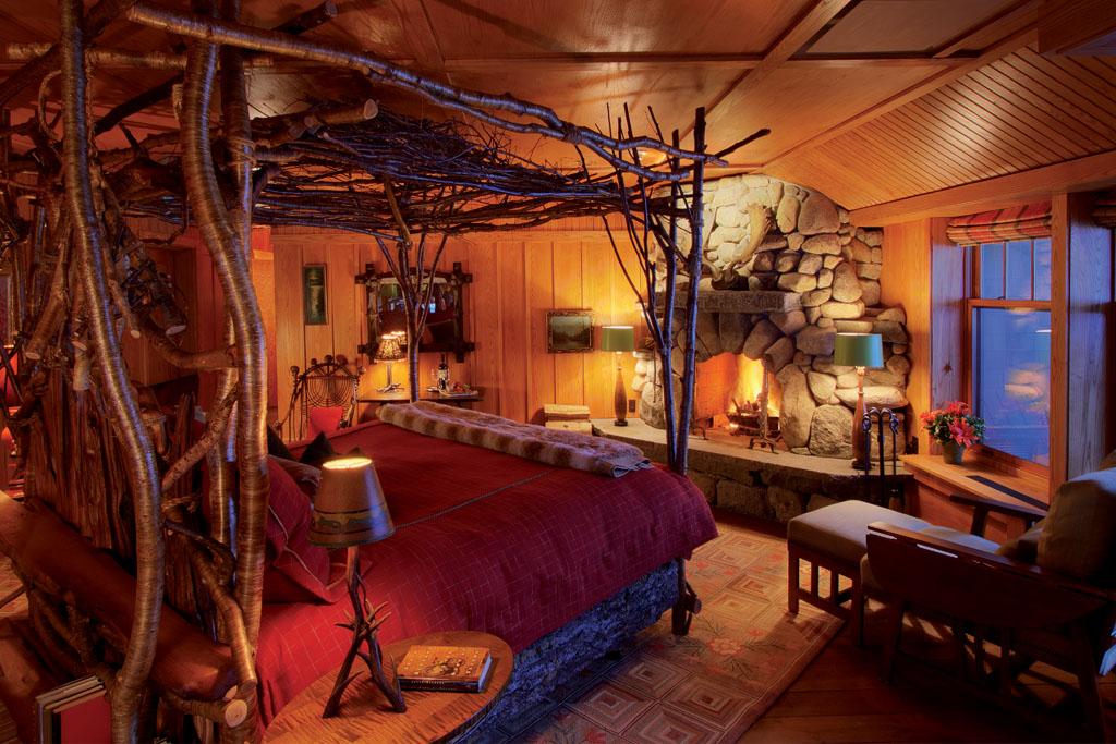 Treetop Artisan Bed