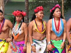 Embera indians (pasujoba) Tags: coral princess indians panama embera authentic