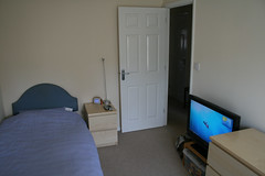 New Bedroom Stuff (3) (William Hook) Tags: light sky house ikea home apple window television computer pc tv bed bedroom mac media theatre desk furniture laptop room satellite centre os x entertainment workstation hd speakers  htpc macbook z4i skyhd