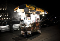 new york hot dog stand (goukee) Tags: city nightphotography dog newyork hot night america hotdog nightshot manhattan 5thavenue citylights canondslr 1740mm hotdogstand 40d lserieslens canon40d newyorkcitylights newyorkhotdogstand