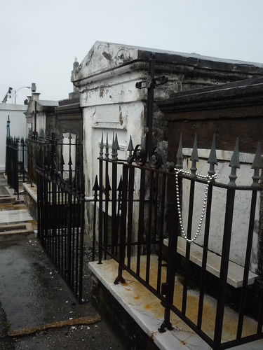Day 3 St. Louis Cemetary 041