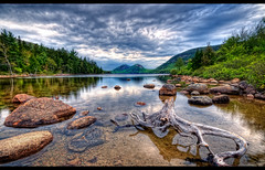 The Bubbles (moe chen) Tags: mountain lake reflection clouds pond log nikon maine bubbles moe hdr acadia mountdesert jordanpond acadianationalpark d300 sigma1020mm 5xp moe76