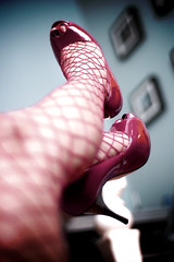 the angels have stolen my red shoes (bethantics) Tags: toes heels peep fishnetstockings peeptoes