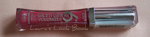 L'Oreal Glamshine volumizer in Fuschia