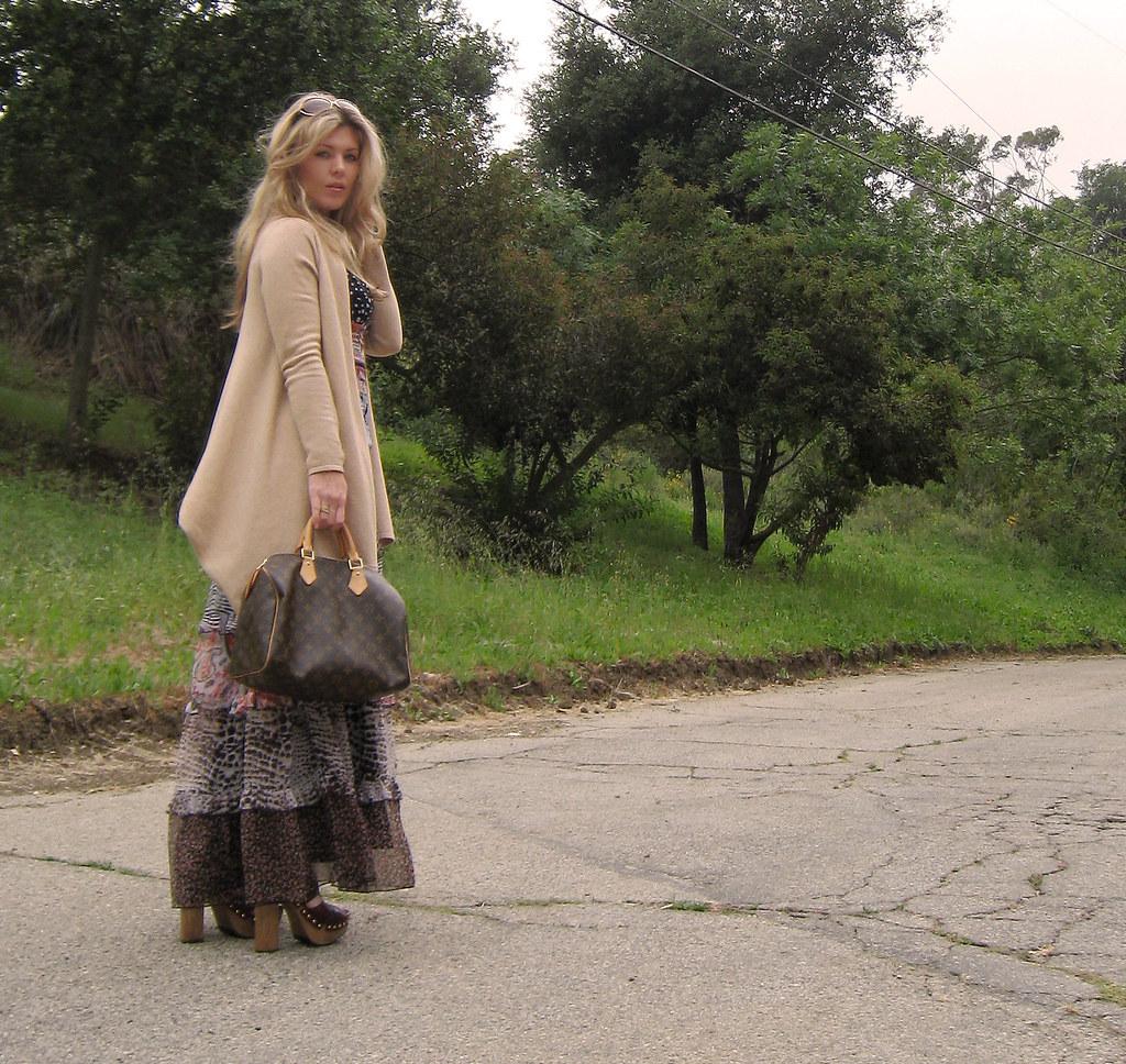 miu miu sandal clogs+ 70s dress-cc