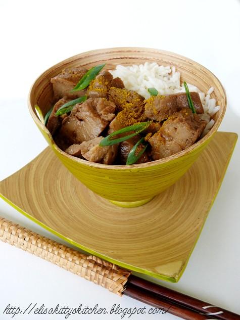 seitan saltato con cipollotto e curry