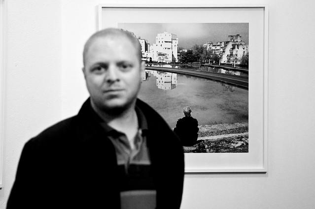 Evry Daily Photo - 1er mois de la photo a Evry - Karim Kal - Les Miroirs au Pyramides 02