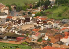 Maqueta Plaza del Coso (JIAguado) Tags: shift arena valladolid toros tilt casas pueblos tiltshift miniaturas coso peñafiel maquetas reproduccion reproducciones