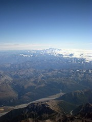 22nd January 2009 - Flying over New Zealand (Chen and Becki) Tags: newzealand aeroplane mountcook project365