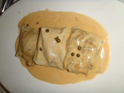 Raviolis de setas con pasta fresca y salsa de boletus