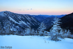 Glow Over The Notch (Jim Salge) Tags: winter sunset england mountain mountains ice beautiful landscape mt view newengland newhampshire whitemountains nh hampshire mount alpine rime amc crawford magichour avalon ridges appalachiantrail crawfordnotch whitemountainnationalforest