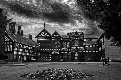 Bramall Hall (made Explore) - flckr - the yes man