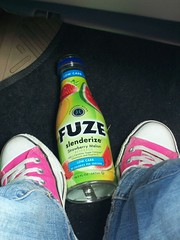 The FUZE Between My Chucks (BREananicOLE) Tags: shoes converse hightops kicks allstar chucks chucktaylors allstars