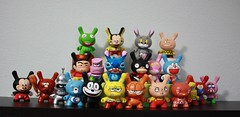 Cartoons Serie (WuzOne) Tags: toys vinyl kidrobot spongebob mickeymouse thesimpsons custom cartoons ralph dunny captaincaveman fatcap munny wuzone