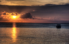 Dying light (Mollow2) Tags: sunset boat maldives hdr baros 3xp photomatix canonefs1785mmf456isusm canoneos40d