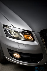 (Andreas Reinhold) Tags: car silver automotive front headlight audi q5 strobist andreasreinhold