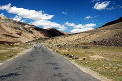 Quote (~FreeBirD~) Tags: road sky india mountains strange birds clouds honda interesting risk view natural mani 2006 september adventure explore riding angels vista rider mb challenge himalayas height onthemove ladakh shocking storyteller cbz herohonda landcsape drymountains incredibleindia manibabbar motorcycleadventure maniya neverridefaster angelscanfly